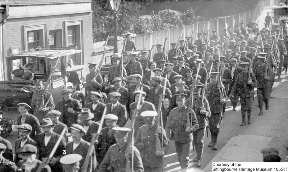 105SIT-Recruiting-Parade-–-Believed-to-be-Sittingbourne-1024x613